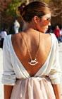 Yılın modası ters takılan kolye